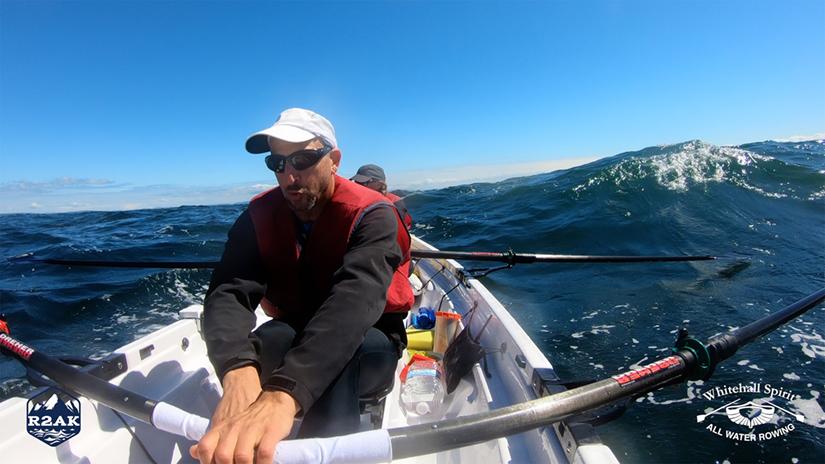 Waves-Rowing-R2AK-Diana-Lesieur-Peter-Vogel-Whitehall-Row